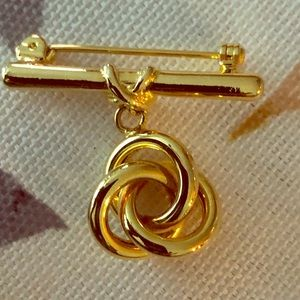 VINTAGE GLAM LOVE KNOT PIN